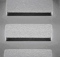 レジストマスクにより作製した厚膜めっきパターン